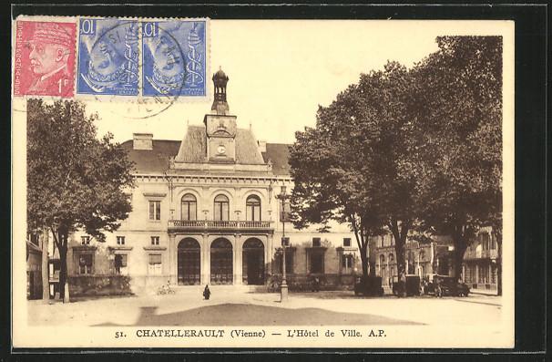 CPA-Chatellerault-L-Hotel-de-Ville